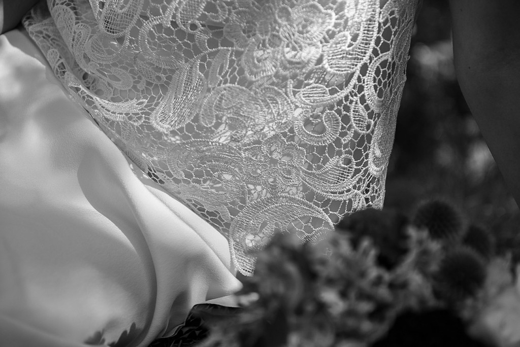 Lace of the bride's wedding dress