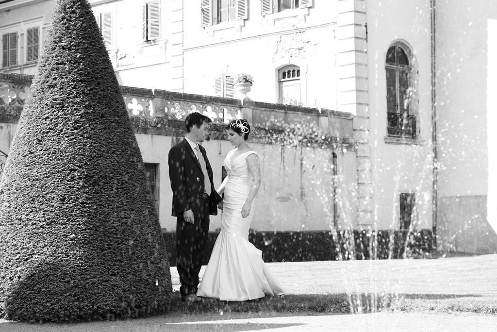 Black and white picture of couple at the outdoor French Wedding in Pranemoux Castle France