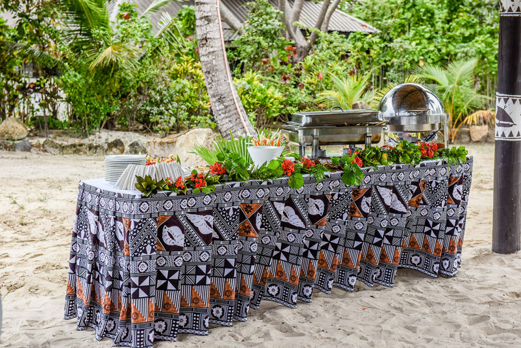 Wedding catering by the Plantation Island Resort for family Beach Wedding on Malolo Island, Fiji Wedding Photographer