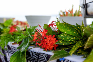 Buffet with local Fiji flower as decoration. By Anais Photography.