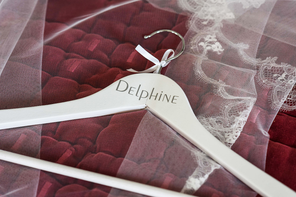 ceintre chic personalise hanger