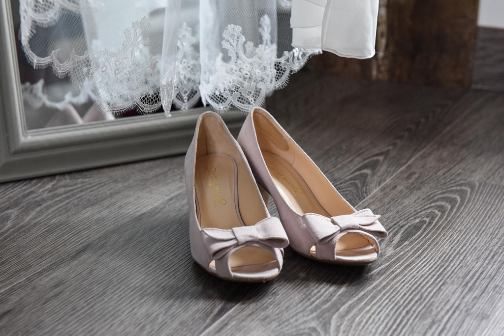"Chaussures par ""Dessine moi un soulier"" tailored made wedding shoes"