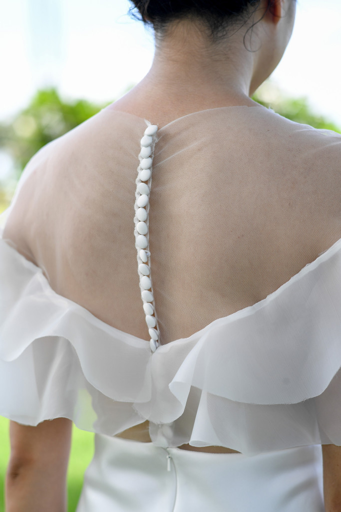 Back of the bride's dress with buttons