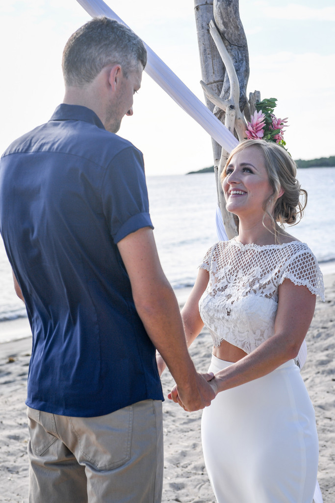 Bride and groom finally eloped in Yatule Beach wedding