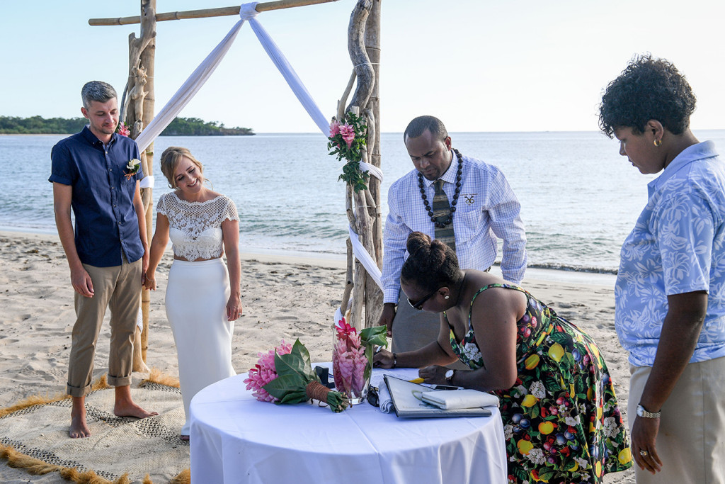 Witness at Yatule Fiji elopement beach wedding