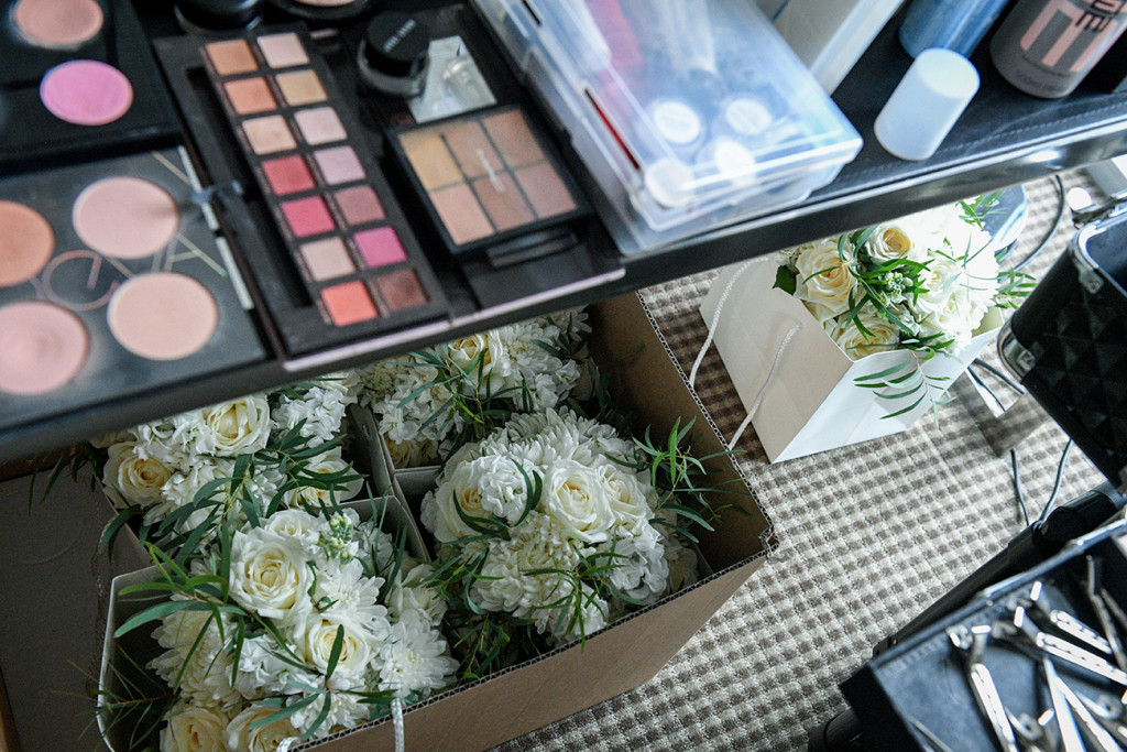 Fully stoked makeup kit for bride