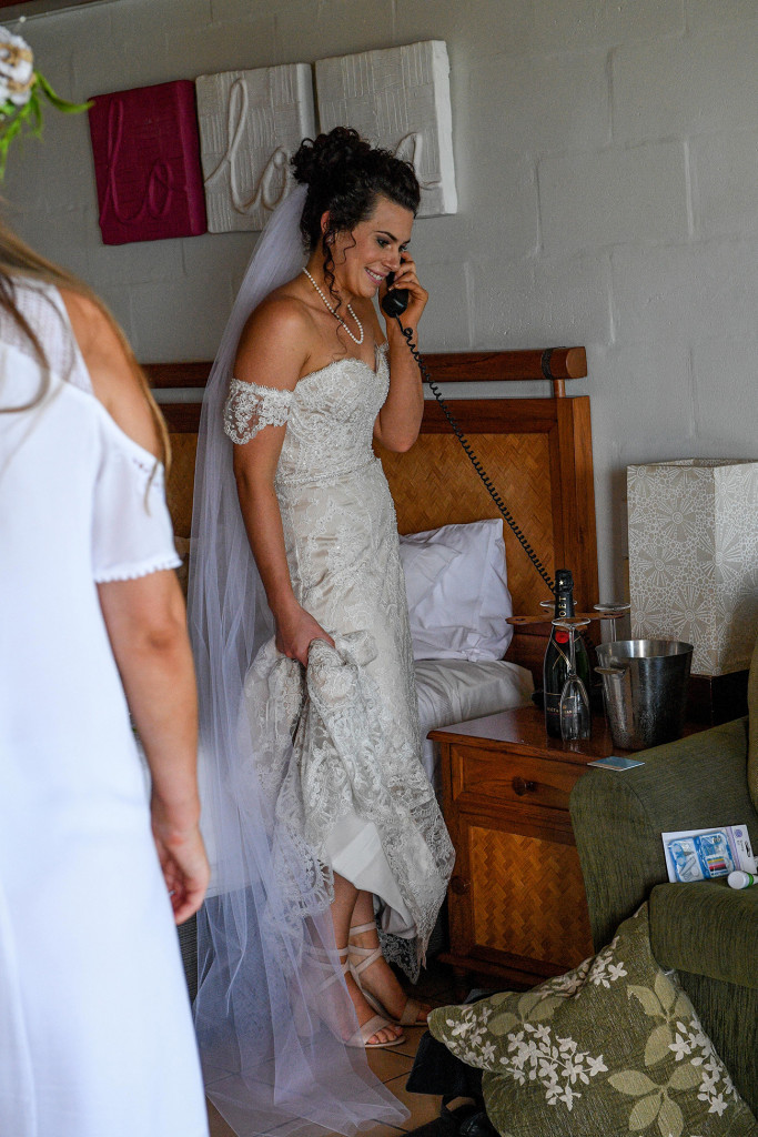 Bride's last minute morning phonecall