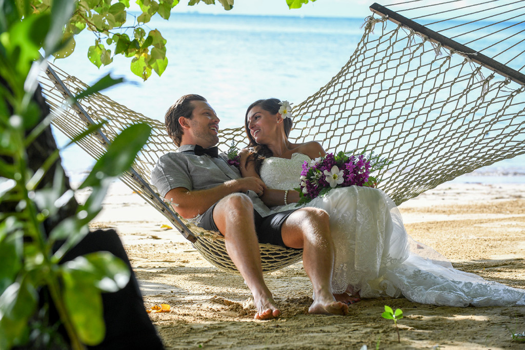 bride and groom chatting in the hammoc, Matangi island resort, Fiji