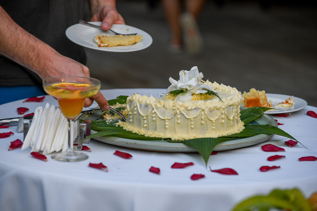 Wedding cake, Matangi island resort, Fiji