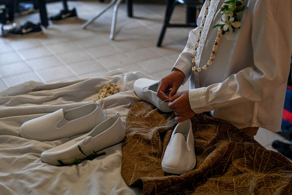 Preparation of the groom's shoes