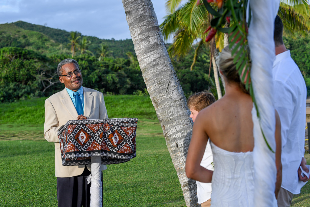 The Fiji celebrant officiates the wedding