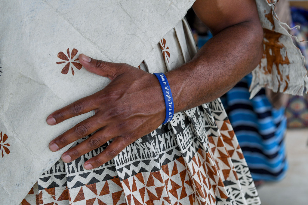 Closeup of a Fiji groomsman in traditional Masi