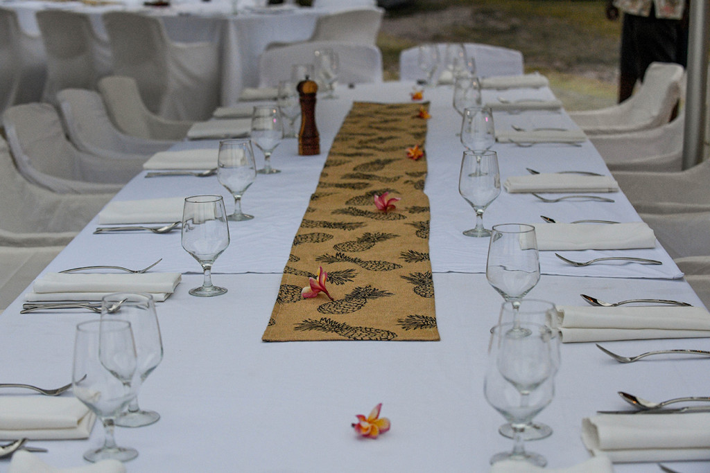 A meticulously set up traditional Fiji table for the wedding reception