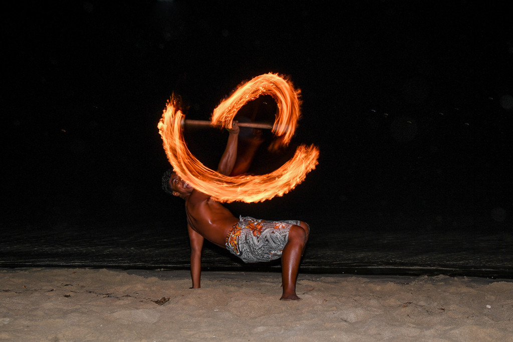 Fire pattern display by entertainer