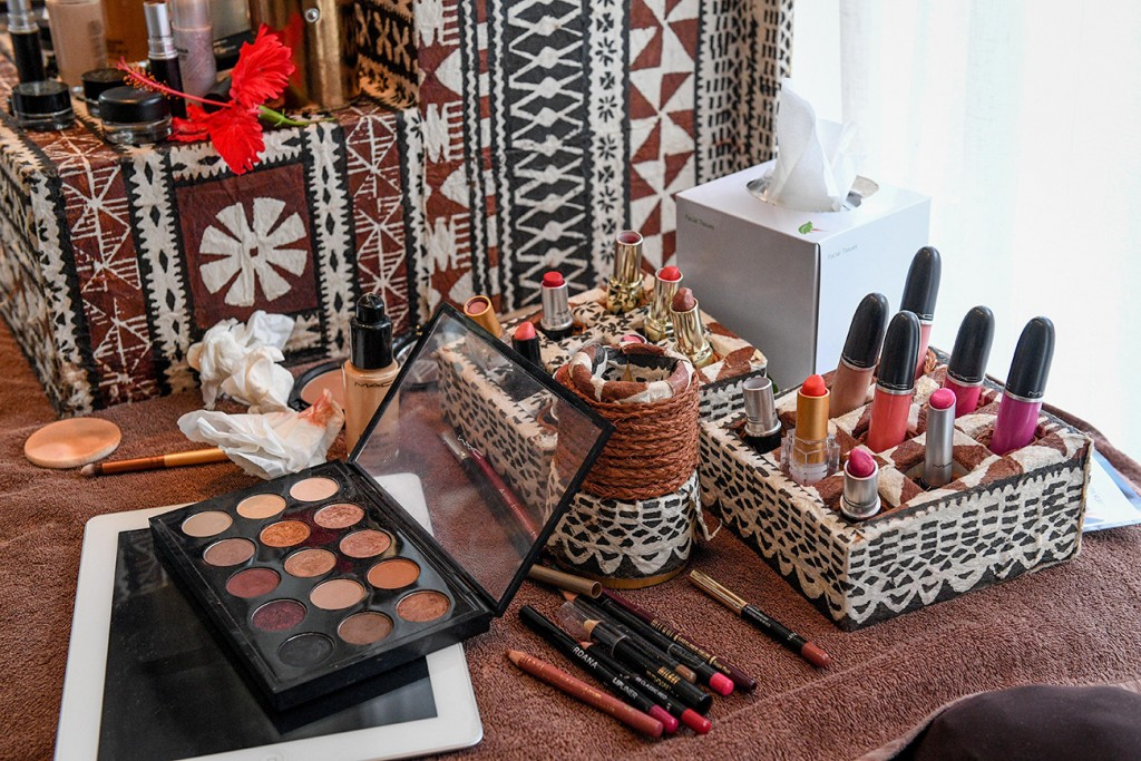 The Intercontinental Fiji Makeup kit