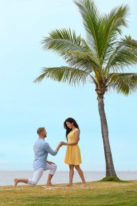 The groom proposes on Mamanuca archipelago