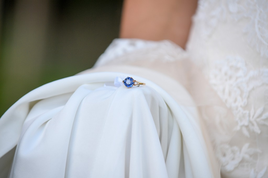 The bride's simple sapphire blue wedding ring