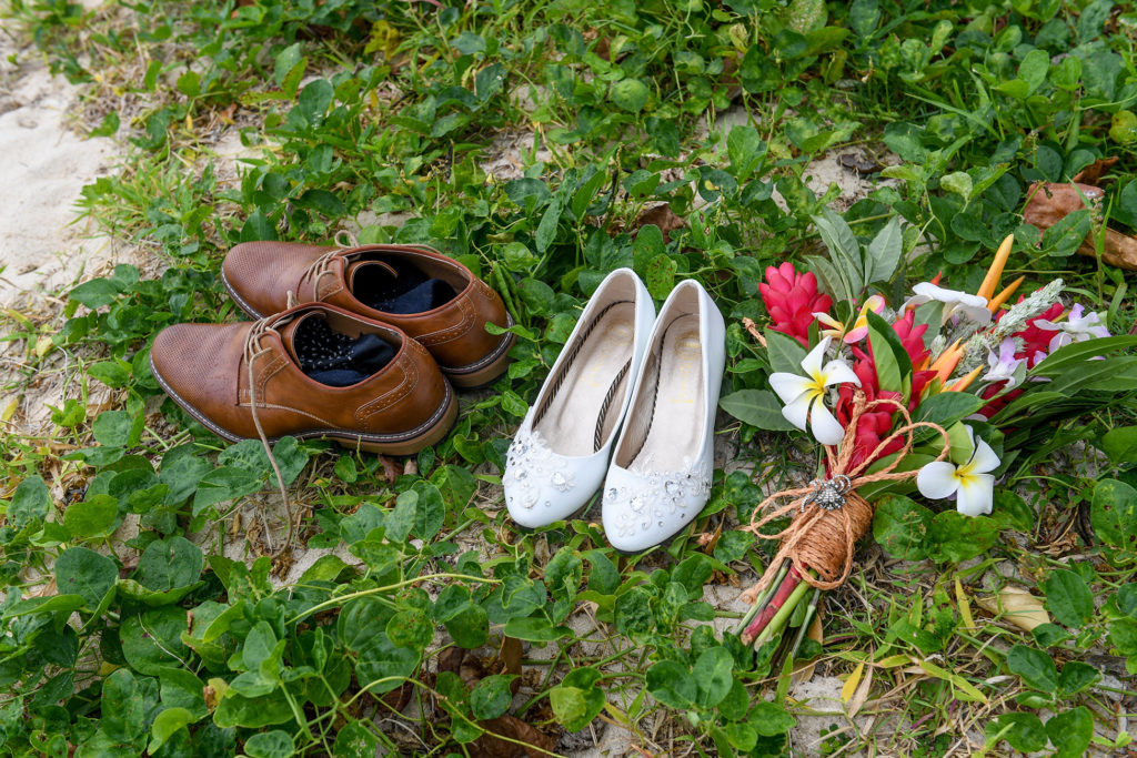 The newly weds shoes by jjshoehouse australia and bouquet